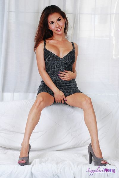 Sapphire Young free